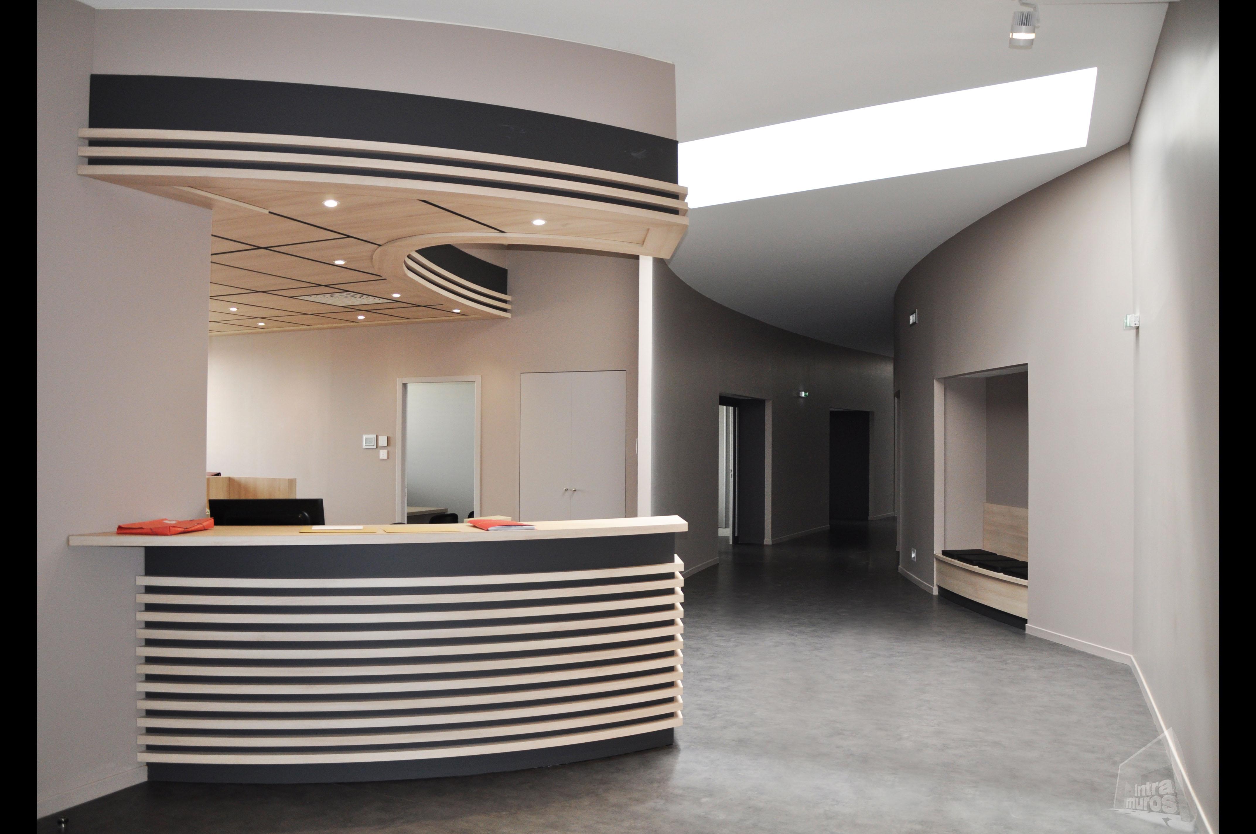 Architecte D Intérieur Aveyron conception et design d'espaces professionnels sur mesure en